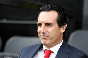 Valencia consider reappointing Unai Emery next season